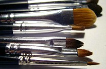 Navigating the Confusing World of Makeup Brushes